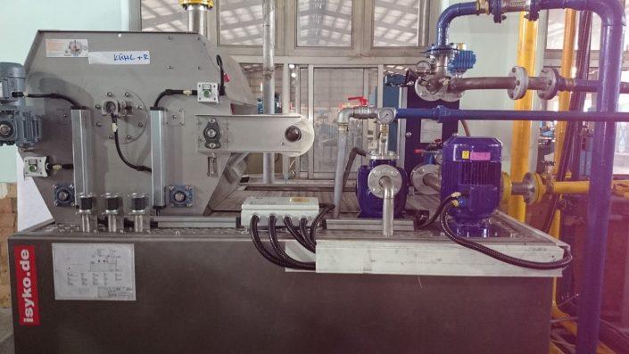 Sử dụng sản phẩm chất lượng cao và an toàn là một nhu cầu thiết yếu khi người sử dụng mua một món hàng. Họ rất thất vọng khi chọn một sản phẩm kém chất lượng Sản phẩm trên hình ống ruột gà lõi thép bọc nhựa dùng để luồn dây dẫn điện kết nối với tủ điều khiển hệ thống điện.Kết nối với tủ là đầu nối ống mềm kín nước https://namquocthinh.com/tin-tuc/dau-noi-ong-ruot-ga-thep-boc-nhua-ket-noi-tu-dien-526.html