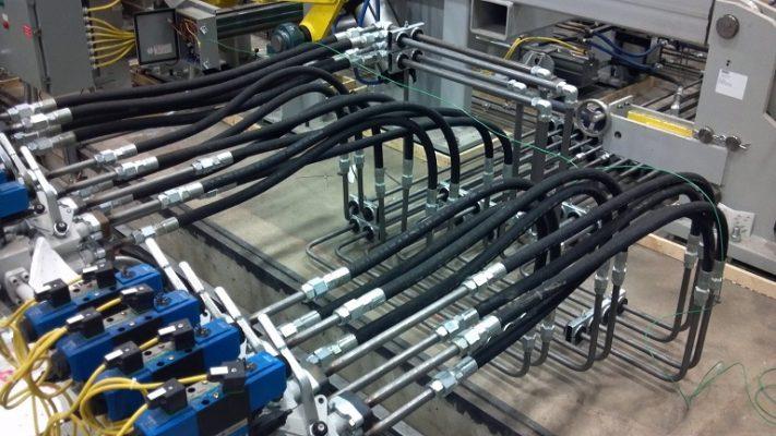 Ống ruột gà thép bọc nhựa lắp đặt tại nhà máy Houghton b